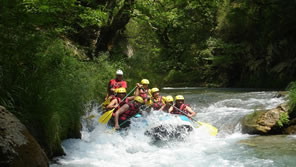 rafting paddling Greece